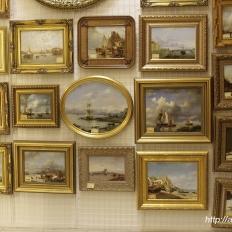 """Картины в галерее Арт-центр """"Перинные ряды"""""""