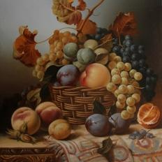 Натюрморт с корзиной и фруктами. Гареев М.М.