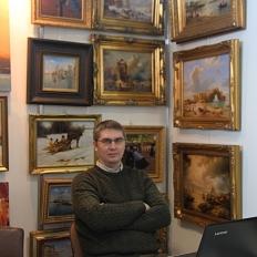 Выставка на антикварном салоне.