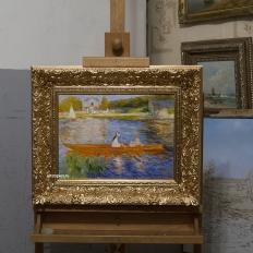 Копия картины Skiff (La Yole) The Seine at Asnieres Gerrit Dou, в интерьере мастерской